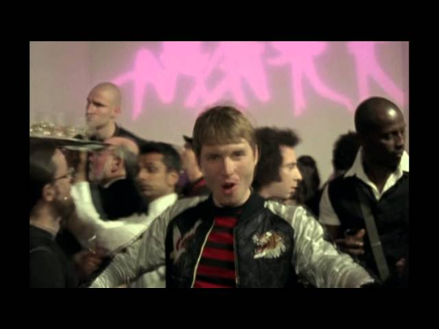 Franz Ferdinand – Do You Want To (Official Video)