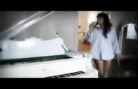 Nelly Furtado – Say It Right