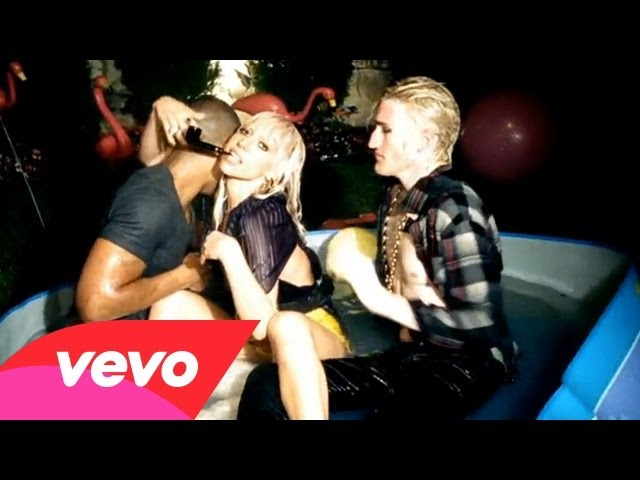 Lady Gaga – Just Dance ft. Colby O'Donis