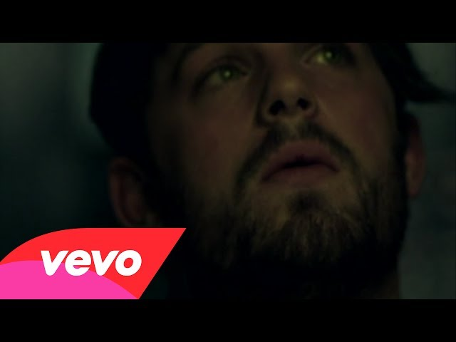 Kings Of Leon – Use Somebody (Official Video)