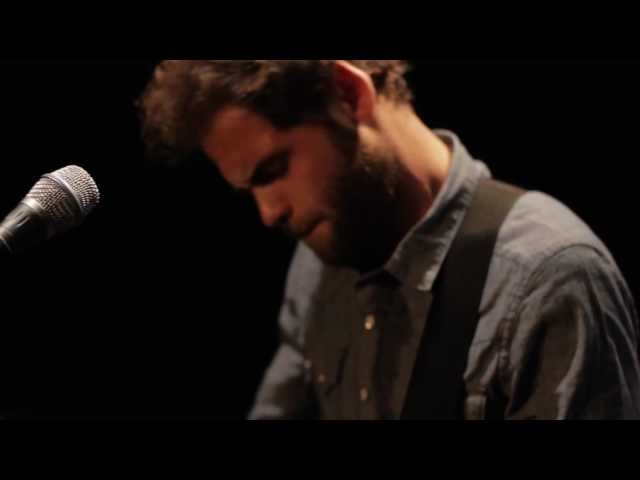 Passenger – Let Her Go [Official Video]