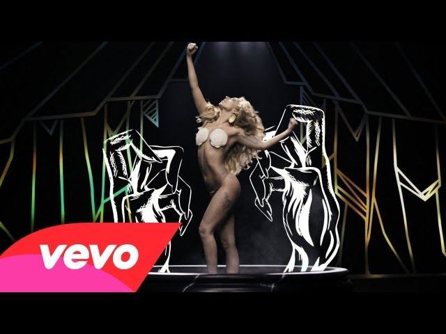 Lady Gaga – Applause (Official)