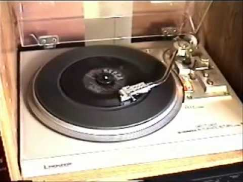 """The Weavers – """"On Top Of Old Smoky"""" (1951) – 45rpm"""