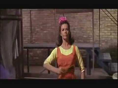 "West Side Story 1961 – ""I feel pretty"""