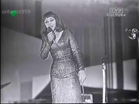 Kalina Jędrusik – Z kim tak Ci będzie źle jak ze mną (TVP Opole 1964)