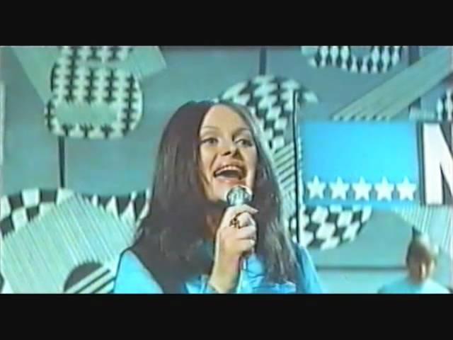 """Ada Rusowicz & """"Niebiesko-Czarni"""" – NIE BĄDŹ NA MNIE TAKI ZŁY"""