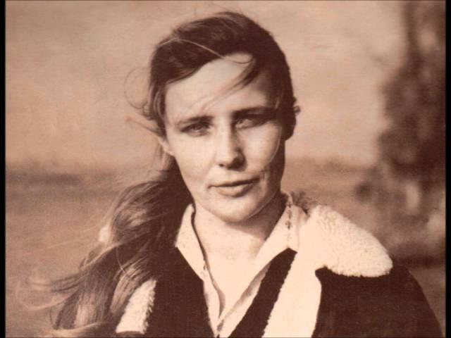 Agnieszka Osiecka – Na całych jeziorach- ty (Teresa Tutinas – muz. A. Sławiński).wmv