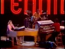Captain and Tennille – Love Will Keep Us Together