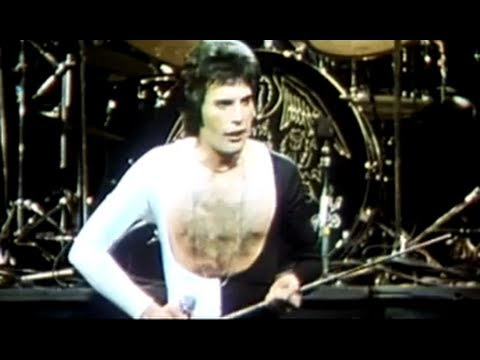 Queen –  We Are The Champions (Official Video)