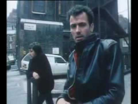 The Stranglers  –  Strange Little Girl