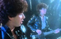 The Romantics – Talking in Your Sleep