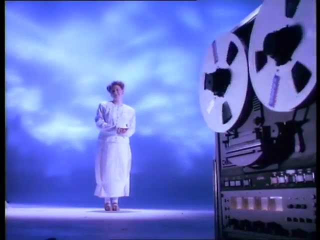 Cocteau Twins – Carolyn's Fingers (Official Video)