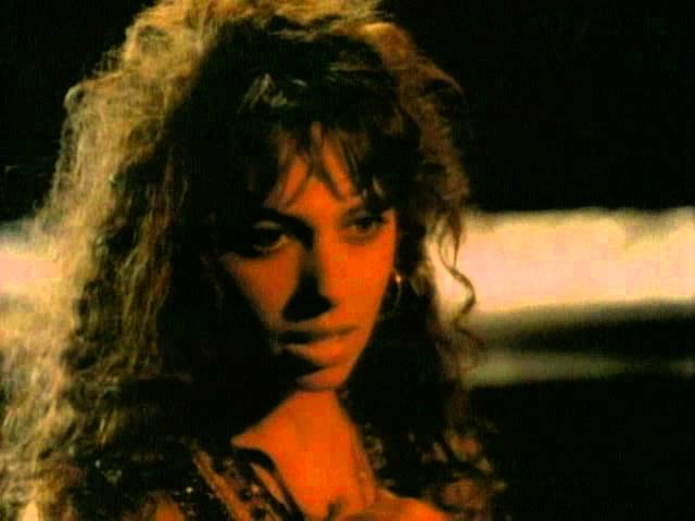 The Bangles – Eternal Flame (La Flama Enterna)