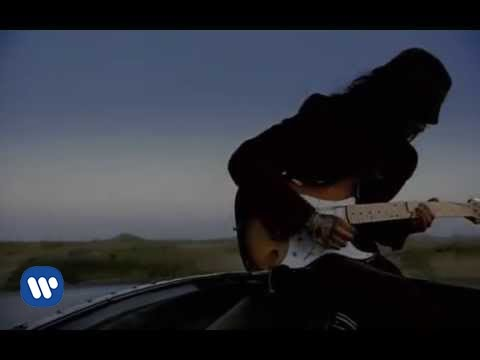 Red Hot Chili Peppers – Scar Tissue [Official Music Video]